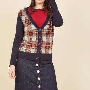 In High-Class Spirits Plaid Cardigan | Mod Retro Vintage Sweaters | ModCloth.com