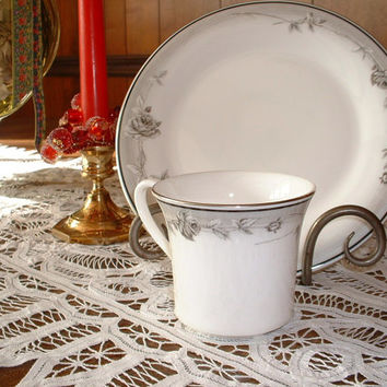 Vintage Royal Doulton English Fine Bone China Dinnerware Winter & Best Vintage Royal China Patterns Products on Wanelo