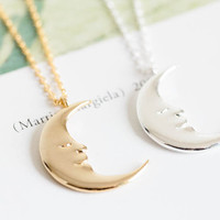 half moon necklace,cool necklace,girls necklace,unique necklace,beautiful necklace,pretty necklace,womens necklace,N057K