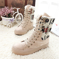 Fashion cartoon flat short boots