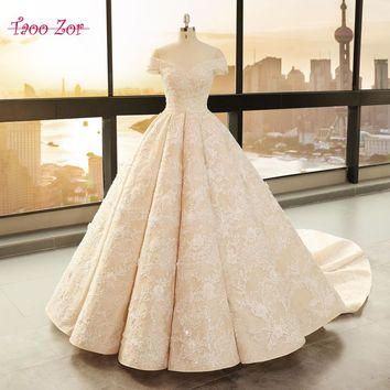 TaooZor Luxury Embroidery Lace A-Line Wedding Dress 2018 Off Shoulder Princess Bride Bridal Dress Gown Wedding dress Plus Size