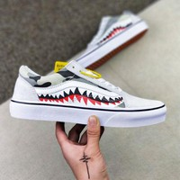 VANS x BAPE 17SS SHARK MOUTHS Fashionable casual shoes