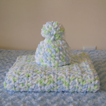 Crochet Chunky Mini Blanket and Hat Set -Newborn Baby -  Green Mix - Ready to Ship