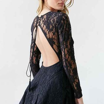 The Jetset Diaries Pizzo Lace Fit + Flare Dress