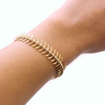 Gold Fish Tail Bracelet