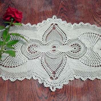 Oval beige crochet doily Lace doily Big crochet doily Table runner Unusual crochet doily Table decor Crochet home decor Vintage style doily