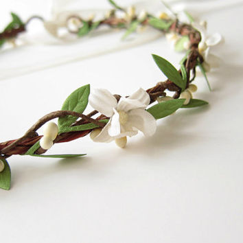 Vintage Flower Hair Wreath, Boho Bridal Crown, Wedding Hair Accessories, White Flower Hair Circlet
