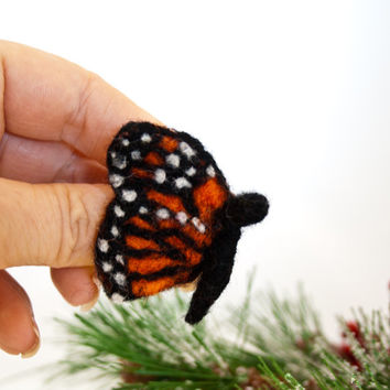 Butterfly brooch, Needle felted butterfly, Butterfly jewelry, Monarch butterfly jewelry, Handmade brooch, Bug jewelry, Butterfly gift