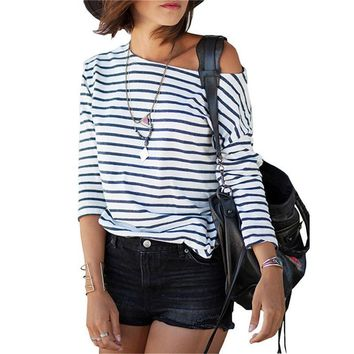 2017 Spring New Arrivals Fashion Blue and White Round Neck Long Sleeve Striped Loose Tops Womens Casual Simple T-Shirt