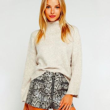 Olivaceous - Cozy Mock Neck Pullover Sweater in Oatmeal