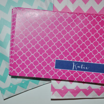 Personalized Quatrefoil Note Cards in 15 Color Options
