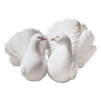 Lladró Couple of Doves Porcelain Figurine