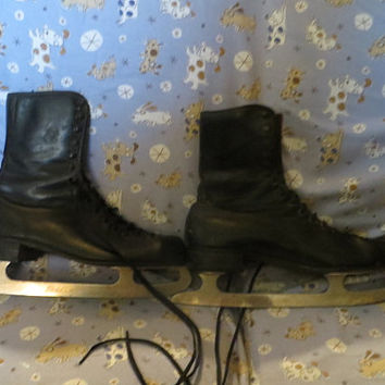 vintage  Dick Button Mens ice skating boots black leather/   Vintage Olympion