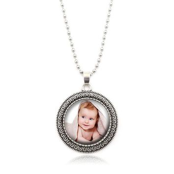 XUSHUI XJ Personalized Custom Photo Pendant Necklace Photo of Your Baby Child Mom Dad Grandparent Loved One Gift for Family Gift