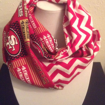 San Francisco 49ers infinity Scarf - Ready to Ship - Chevron Striped Cowl , Brand New
