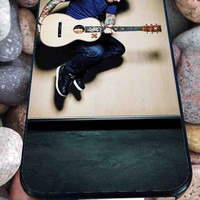 ed sheeran guitar for iPhone 4/4s/5/5S/5C/6, Samsung S3/S4/S5 Unique Case *76*
