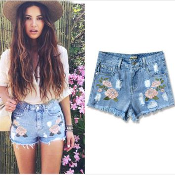 CREYIH3 The hot flower embroidery cowboy jeans shorts pants for women