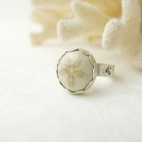 Sand Dollar Ring, Beach Theme Jewelry, Sterling Silver Rings for Women, Fossilized Sand Dollar Ring, Ocean Jewelry, Beach Style Jewelry