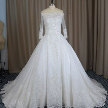 Loverxu Vestido De Noiva Boat Neck Long Sleeve Lace Wedding Dresses 2017 Appliques Beaded Chapel Train Bridal Gown Plus Size