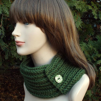 Forest Green Neck Warmer - Womens Cowl with Button - Ladies Ribbed Scarflette