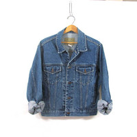 20% OFF SALE...Vintage dark wash jean jacket. Denim jean jacket. size M