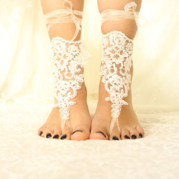White Lace Barefoot Sandals, NudeShoes, Foot Jewelry,Beach Wedding ,Bridal Lace Shoes ,Bridesmaid Anklet