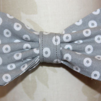 Grey Circles Adjustable Bowtie ( Baby / Infant / Toddler Boy)