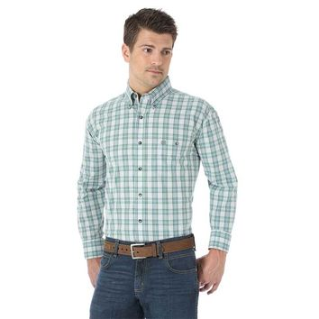 Wrangler Men's Western Fashion Green Plaid Long Sleeve Shirt - MG2027M