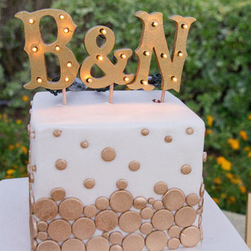 Marquee cake topper extra lights