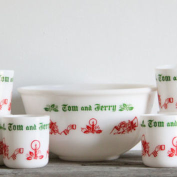 vintage holiday eggnog bowl set / christmas kitchen / tom and jerry