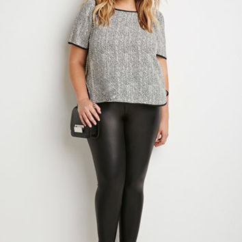 Speckled Dolphin Hem Top