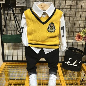 NEW Spring Baby Boys Clothing set Casual Sport Tracksuit Infant Toddler boys Clothes Top Knit vest + shirt + jeans 3pcs boys set