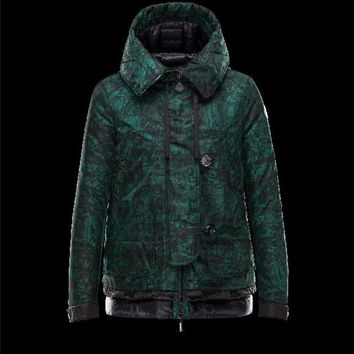 Moncler BAGES printed Gabardine Turtleneck Dark green Jackets Nylon/Polyamide Womens 41472473TV