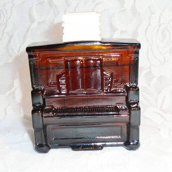 AVON Piano Decanter Glass Bottle FULL Tai Winds After Shave Vintage 1972 Avon Root Beer Brown Glass Upright Piano Perfect for Pianist.