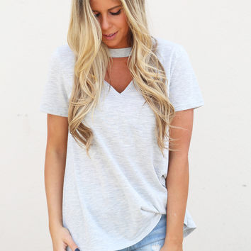 Hug Your Neck Tee {Heather Gray}