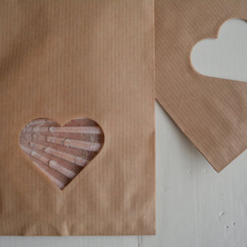 Small Kraft paper bag with a heart window set of 20 natronkraft bags with cellophane bag--- Party favors, birthday party or wedding favor