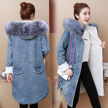Warm Winter Female Jacket new 2018 European style Hooded long coat Female Warm wool lining Denim jacket for women casaco feminin