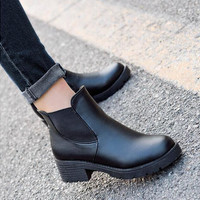 2016 autumn and winter Fashion boots Round head thick bottom PU leather waterproof woman Martin snow boots women shoes F039