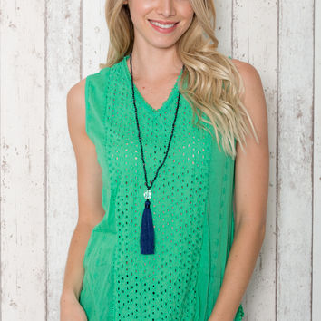Anglaise Sleeveless Top in Green