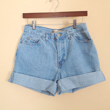 Vintage High Waisted Light Denim Shorts. Hipster. Size 8. Size Medium. Summer. Cotton. Daisy Dukes. Cut Off Jean Shorts. 1990s.