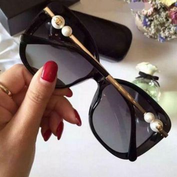 DCC3W FASHION WOMEN SUNGLASSES TEMPERAMENT PEARL GLASSES