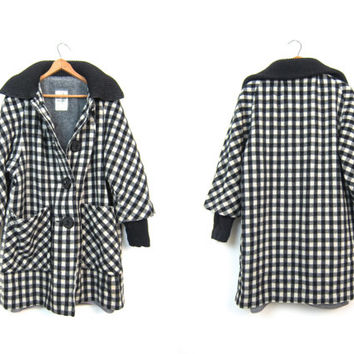 Vintage 50s Black White Checked Wool Coat PENGUIN 60s MOD Coat Womens Checkered Shearling Lined Winter Coat Swing Cape Tent Medium Large