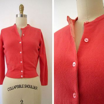 Vintage 1950s Cashmere Cardigan in Salmon Pink by OmniaWears