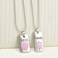 "2015 New ""Best Bitches"" Letter Hangtag Splice Together Pendant Chain Necklace Women Girls Friendship Gifts Accessories 2 Pcs\set"