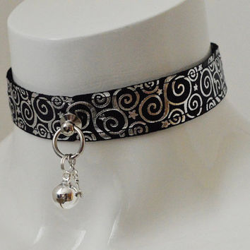Kitten pet play collar - Silver swirl - bdsm proof black gothic choker with bell and key pendant - petplay goth lolita cosplay gear