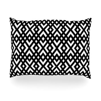 "Trebam ""Dijagonala"" Black Geometric Oblong Pillow"