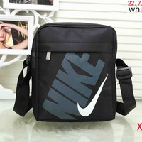 NIKE men and women with the same paragraph wild casual fashion backpack F-XS-PJ-BB white