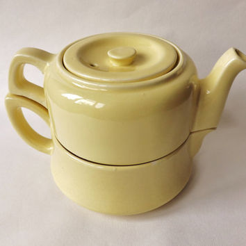 1950s Heatmaster Dub-L-Dekr Yellow Teapot / Midcentury Stacking Coffee Pot / Quirky Retro Pot / Vintage Kitchen / English Deco Style Tea Pot