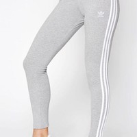 DCCKJH6 adidas Adicolor Heather Grey 3-Stripes Leggings