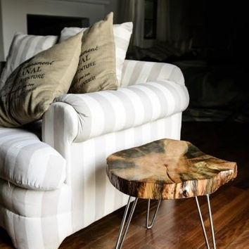 Valatie End Table